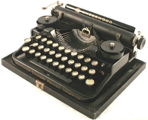 Underwood 3 Bank Portable Typewriter